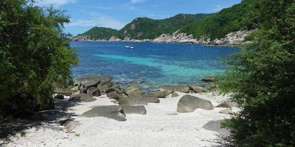 Beach at tanote villa koh tao resort